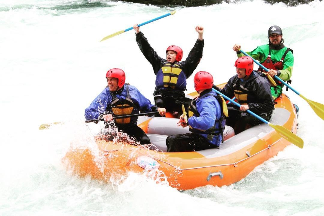 bothell-play-alpine-adventures-river-rafting