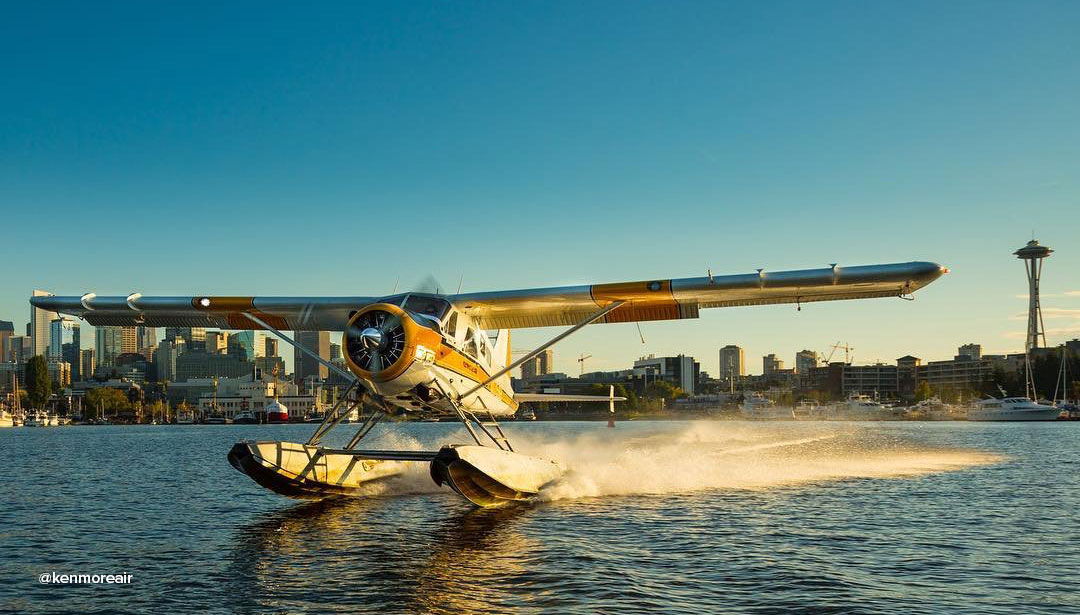 Seaplane landing on the water from Kenmore Air Flights & Scenic tours near Bothell.