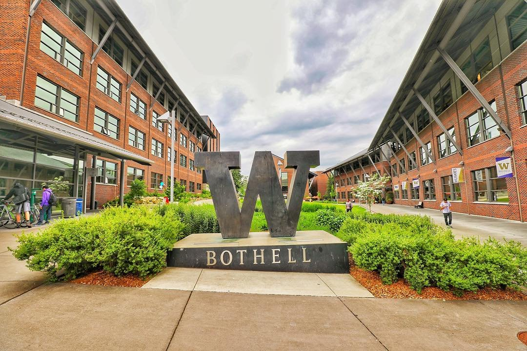 Students outside of campus buildings at the University of Washington Bothell.