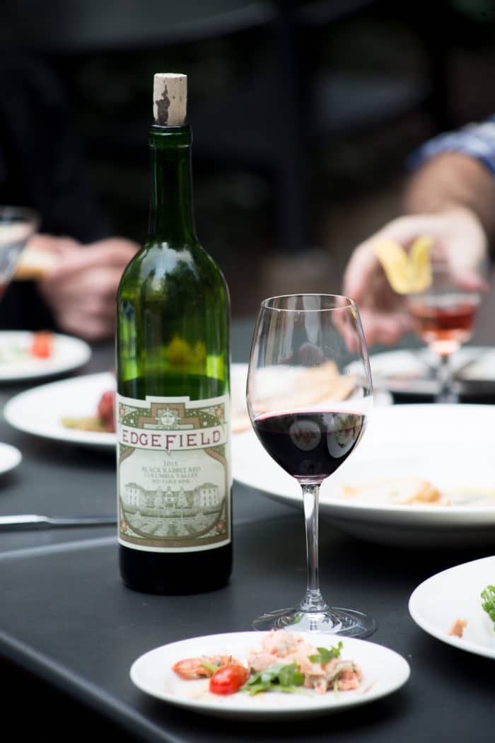 Edgefield Wine - Bothell Sip & Stay - by Jenna Lynn Photography