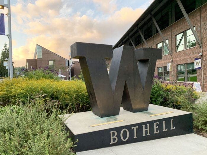 UW Bothell W sign on campus.